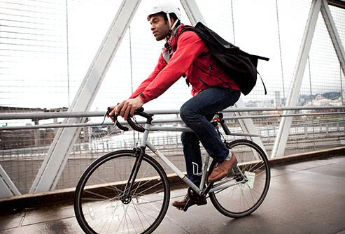 493ss_getty_rm_man_biking.jpg