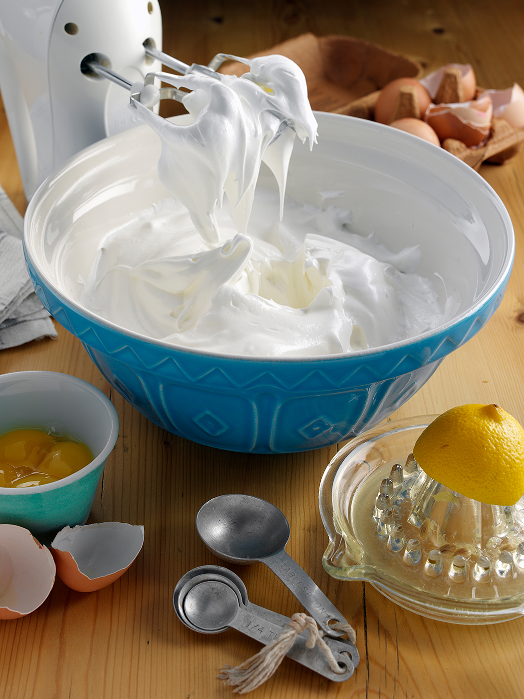 Italian meringue buttercream frosting