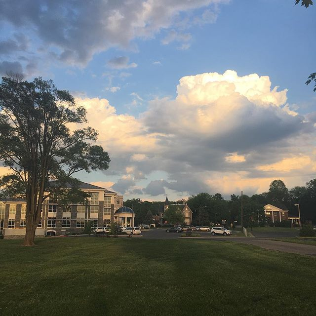 Enjoying brilliant skies as the sun sets beyond #Harrisonburg. #Clouds #UrbanPark #CityLiving #BuildOurPark #hburgrocks
