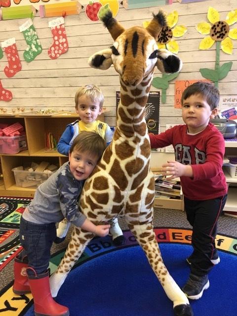 preschool giraffe 2.jpg