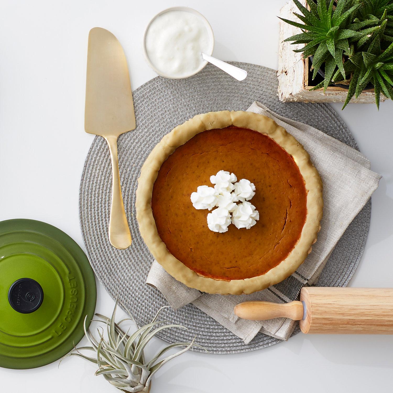 The+Ultimate+Healthy+Pumpkin+Pie+-+via+Fly+Feet+Running.jpeg