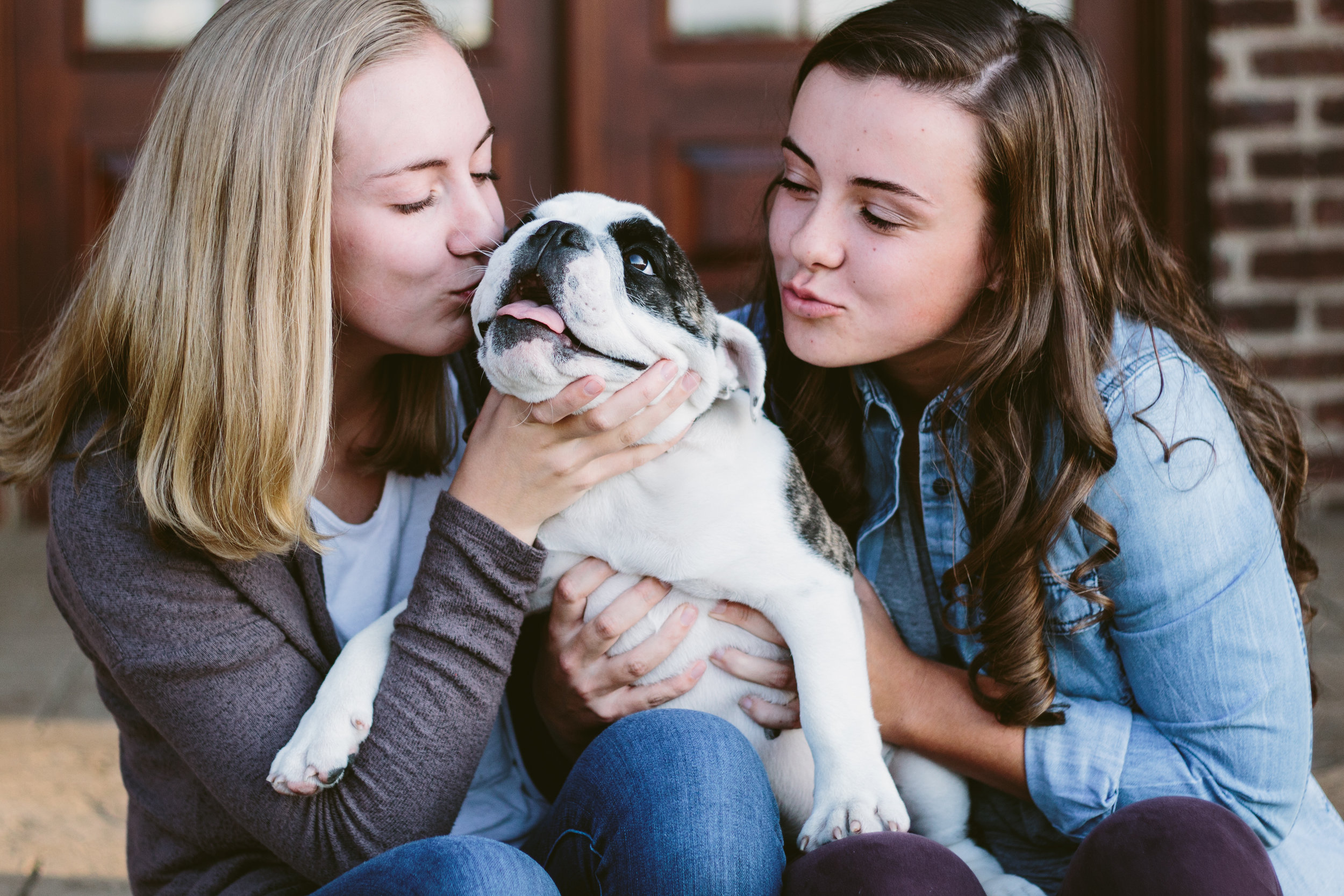 poses, outdoor, city, ideas, brick, young, inspiration, urban, fun, outfit, senior, simple, creative, artsy, dramatic, artistic, light and airy, natural light, head shots, Tumblr, Knoxville, sisters, with dog