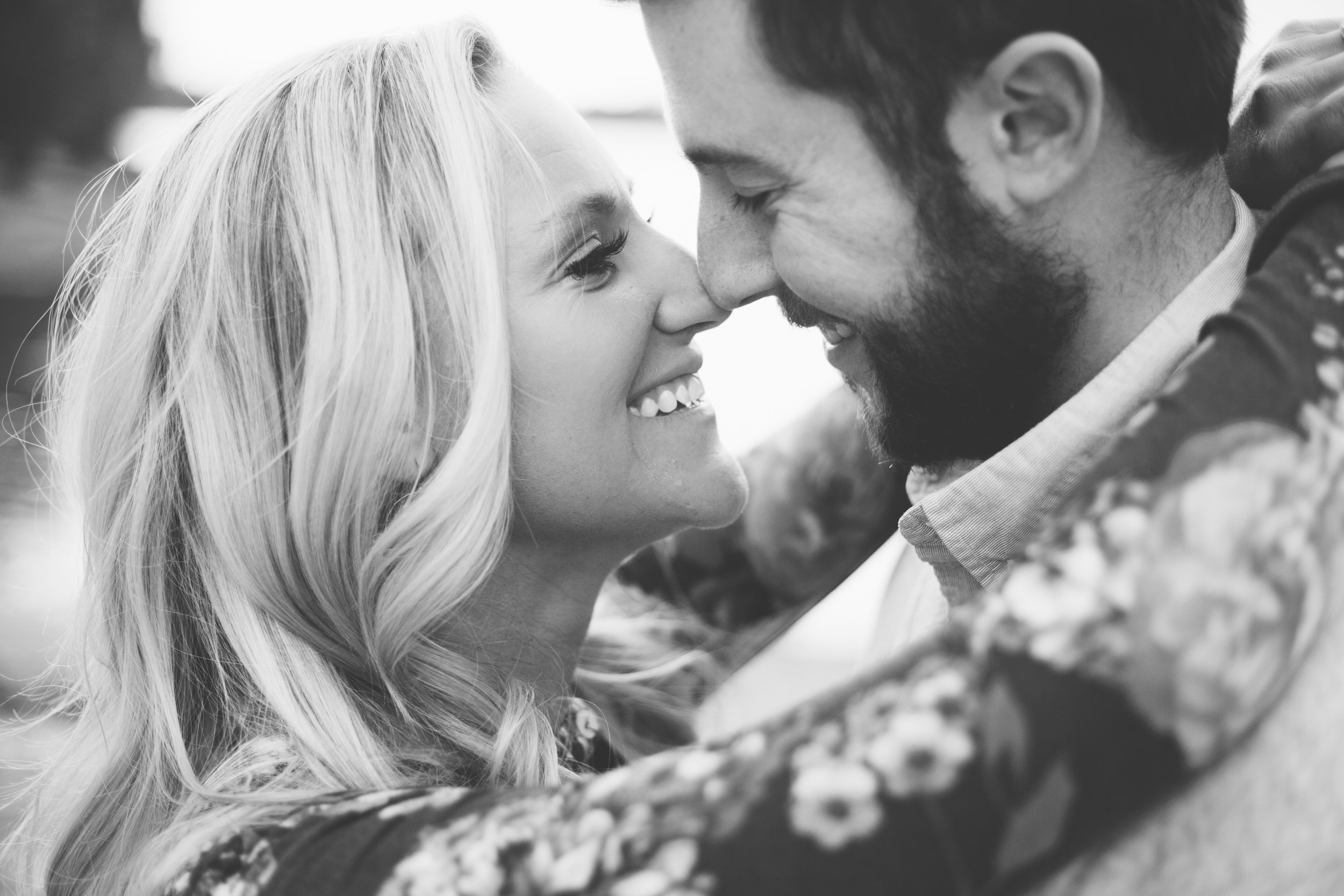 poses, couples, inspiration, fall, fun, love, passion, intimate, engaged, married, creative, romantic, outdoors, light and airy, natural light, inspiration, beautiful, sunset, love, Knoxville, Tennessee, vibrant, colorful, black and white