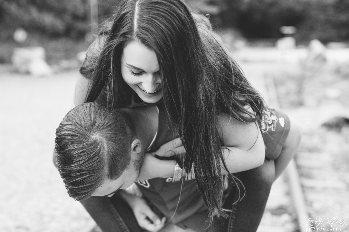 poses, couples, outdoor, meads quarry, Knoxville, Tennessee, engagement, sunset, evening, love, vibrant, colorful, bright, creative, romantic, natural, light and airy, natural light, passion, inspiration, intimate, outfits, fountain, woods, pond, park, black and white, fun