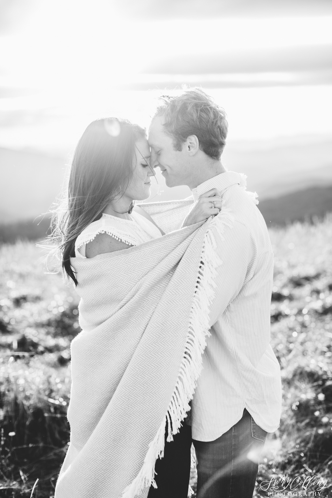 poses, couples, outdoor, max patch, Knoxville, Tennessee, engagement, sunset, evening, love, vibrant, colorful, bright, creative, romantic, natural, light and airy, natural light, passion, inspiration, intimate, outfits, fountain, woods, field, sunrise, windy, North Carolina, black and white, cuddling