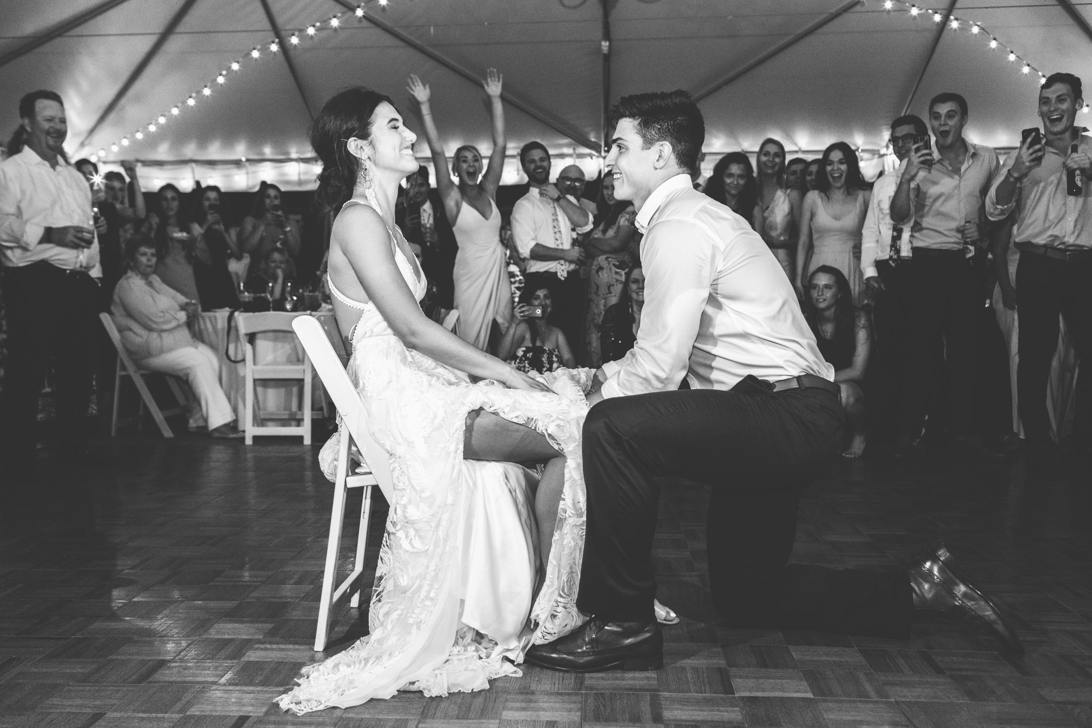 Knoxville Photographer Modern Bohemian Wedding Garter Toss