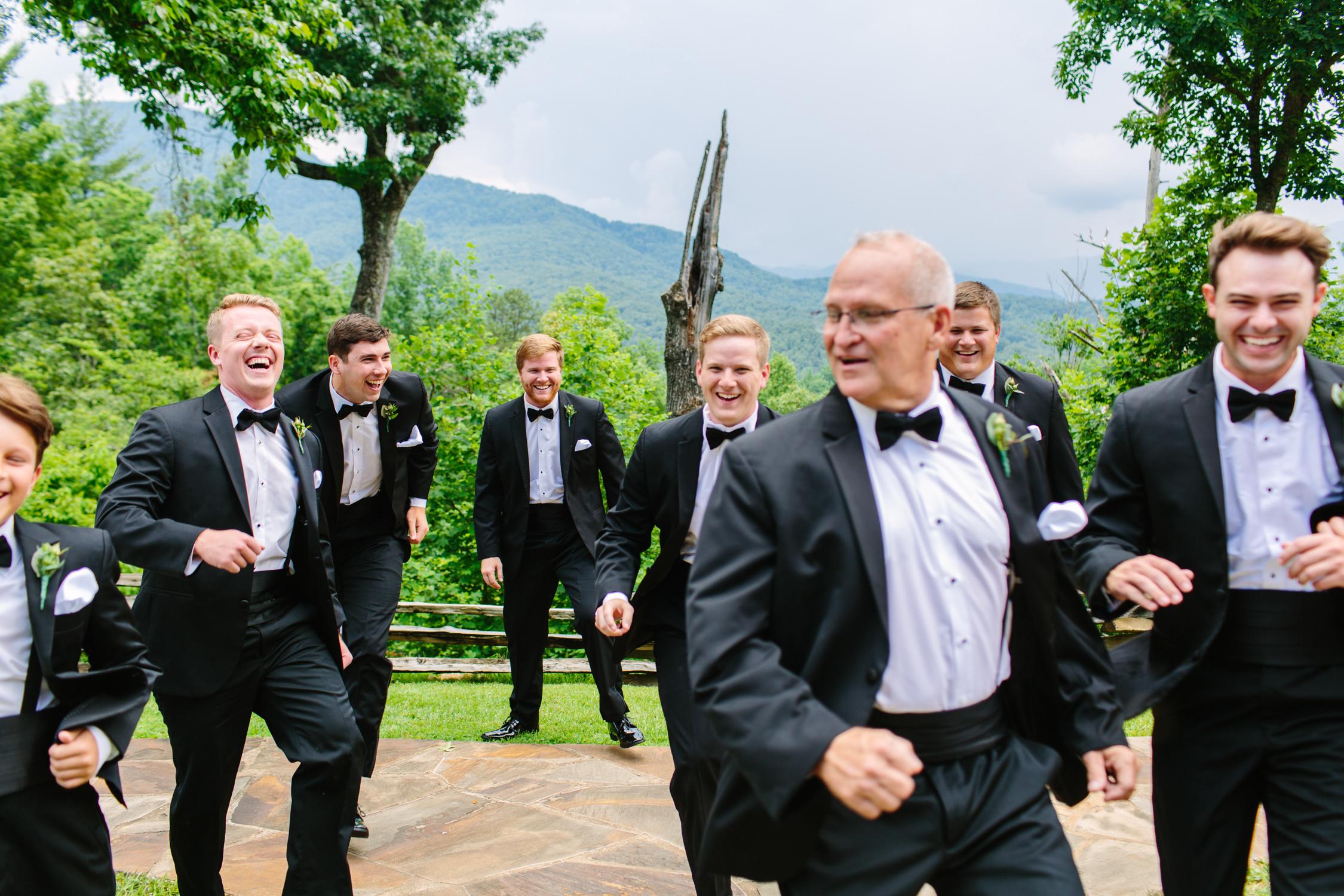 Knoxville Photographer Classic Outdoor Wedding Groomsmen
