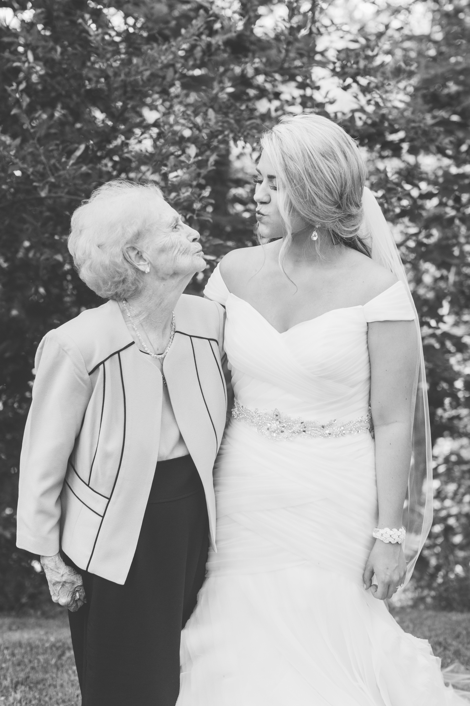 Knoxville Photographer Classic Outdoor Wedding Great Grandmother