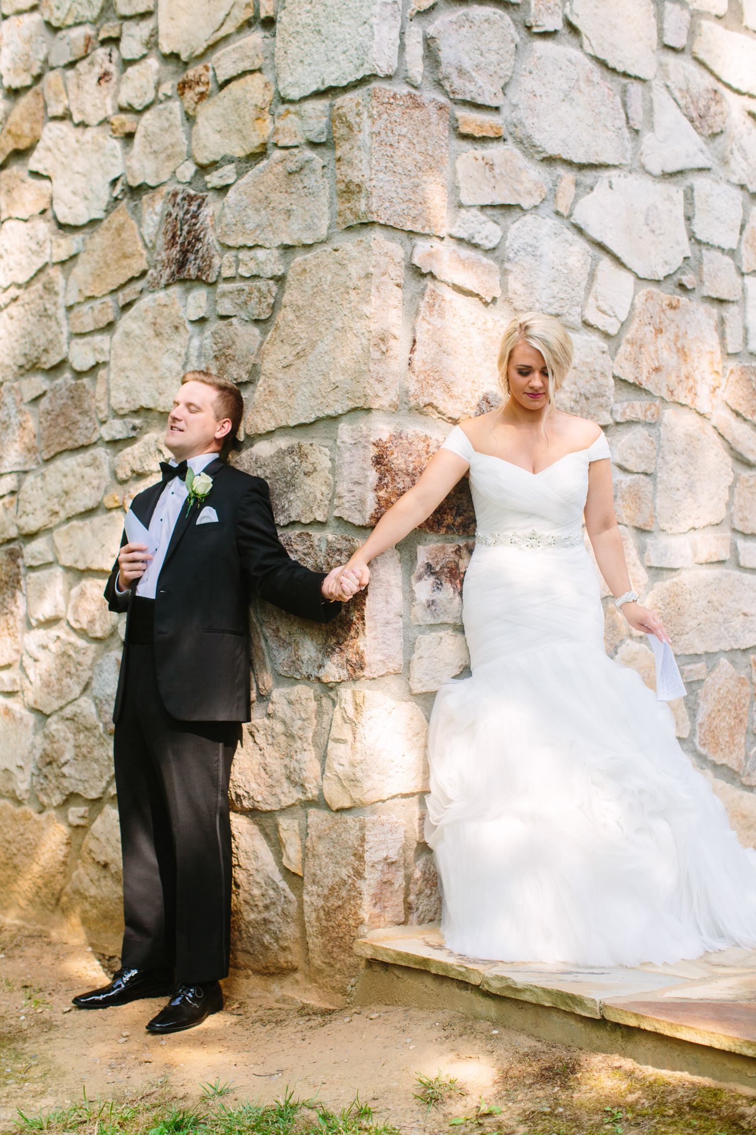 Knoxville Photographer Classic Outdoor Wedding First Touch