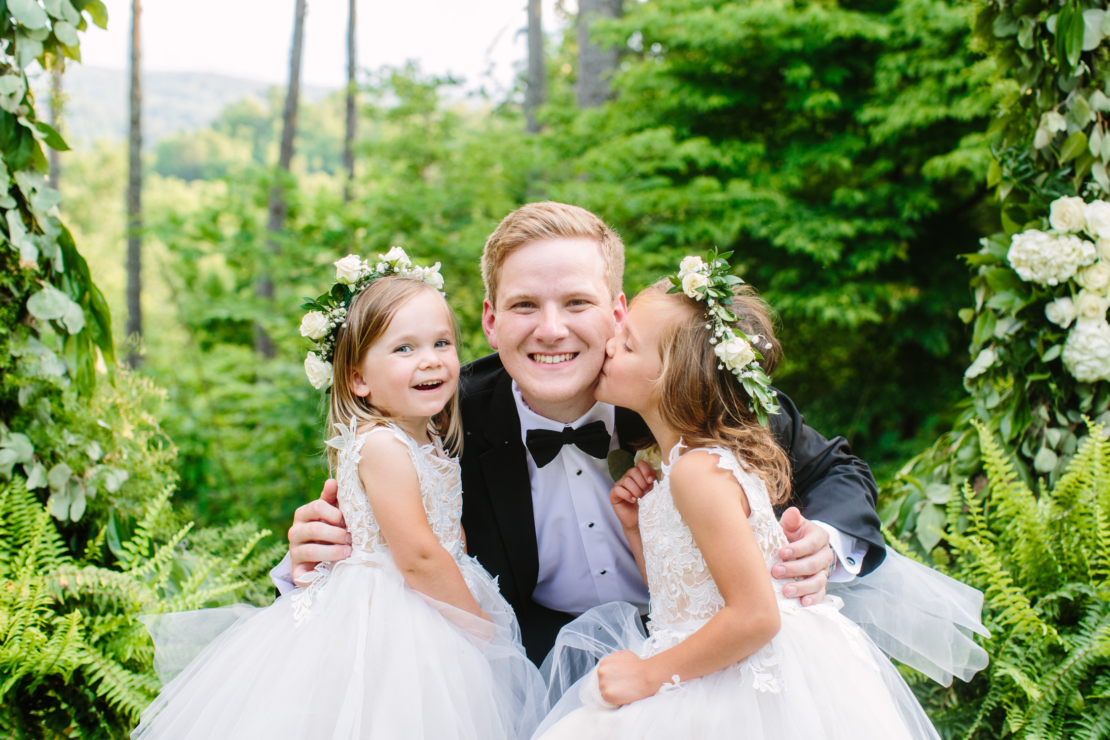 Knoxville Photographer Classic Outdoor Wedding Flower Girls with Groom