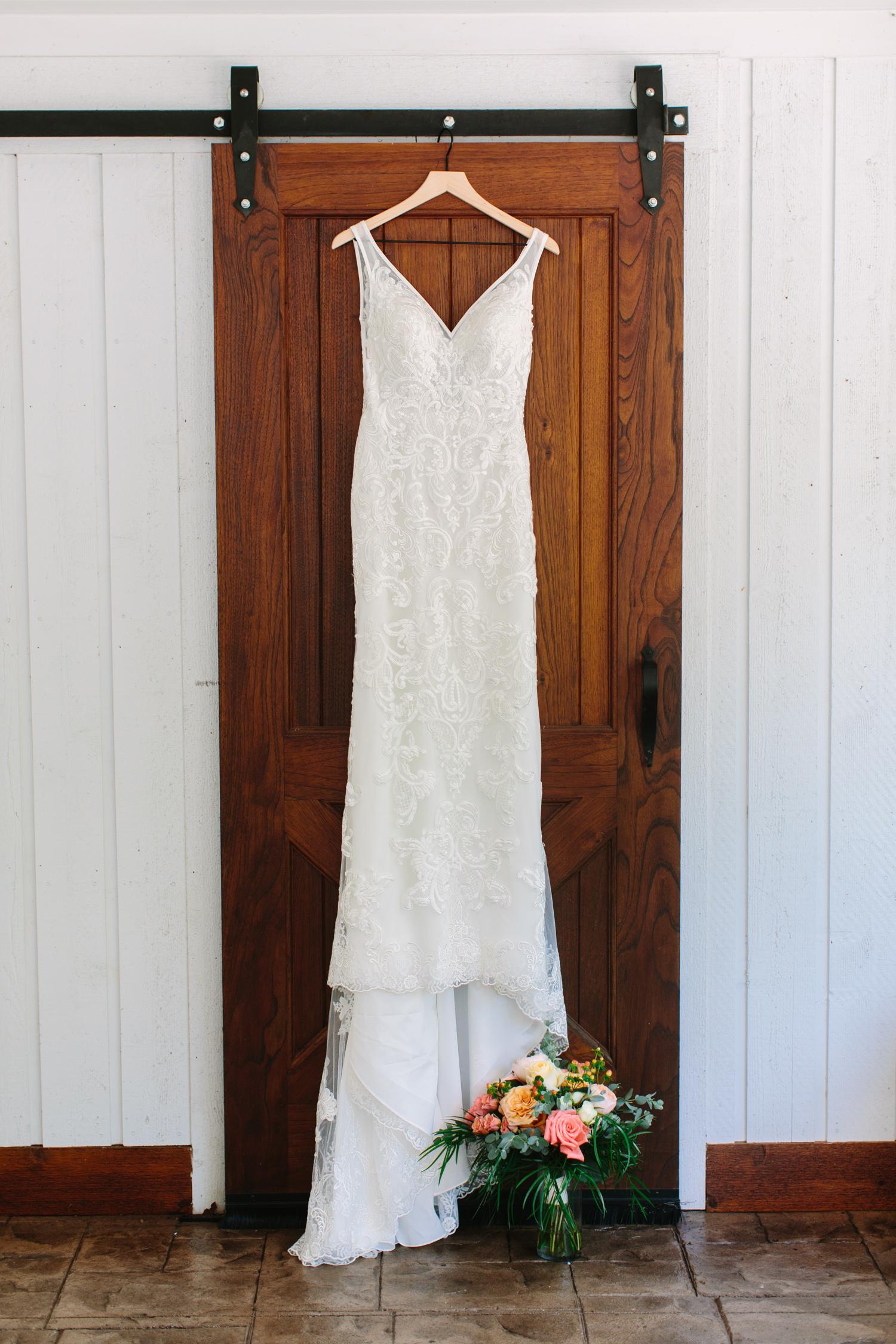 Essence of Australia Wedding Dress // Tennessee Photographer // Suzy Collins Photography // The Olde Farm