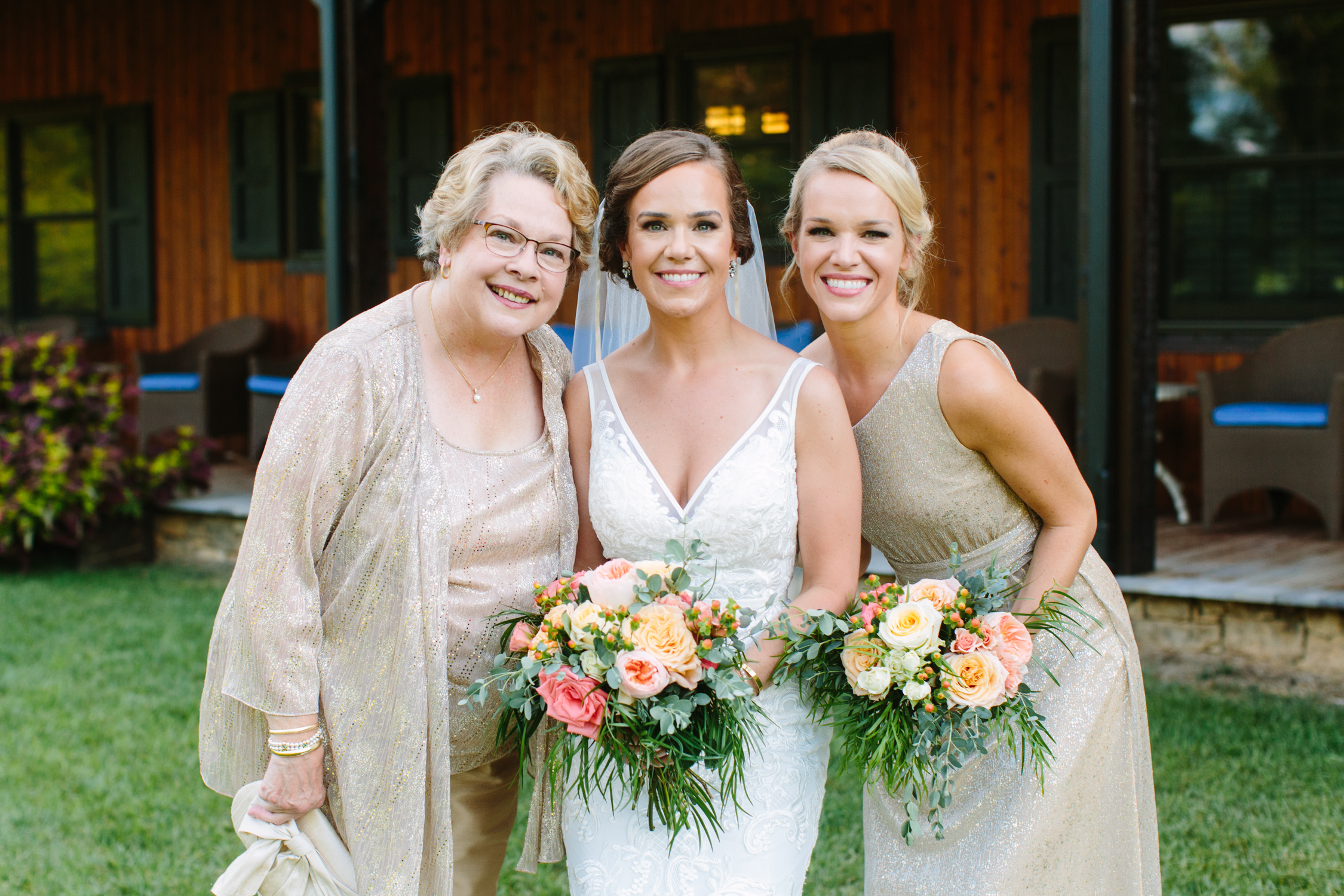 Mother of the Bride // Romantic Pavilion Wedding // Tennessee Photographer // Suzy Collins Photography // The Olde Farm