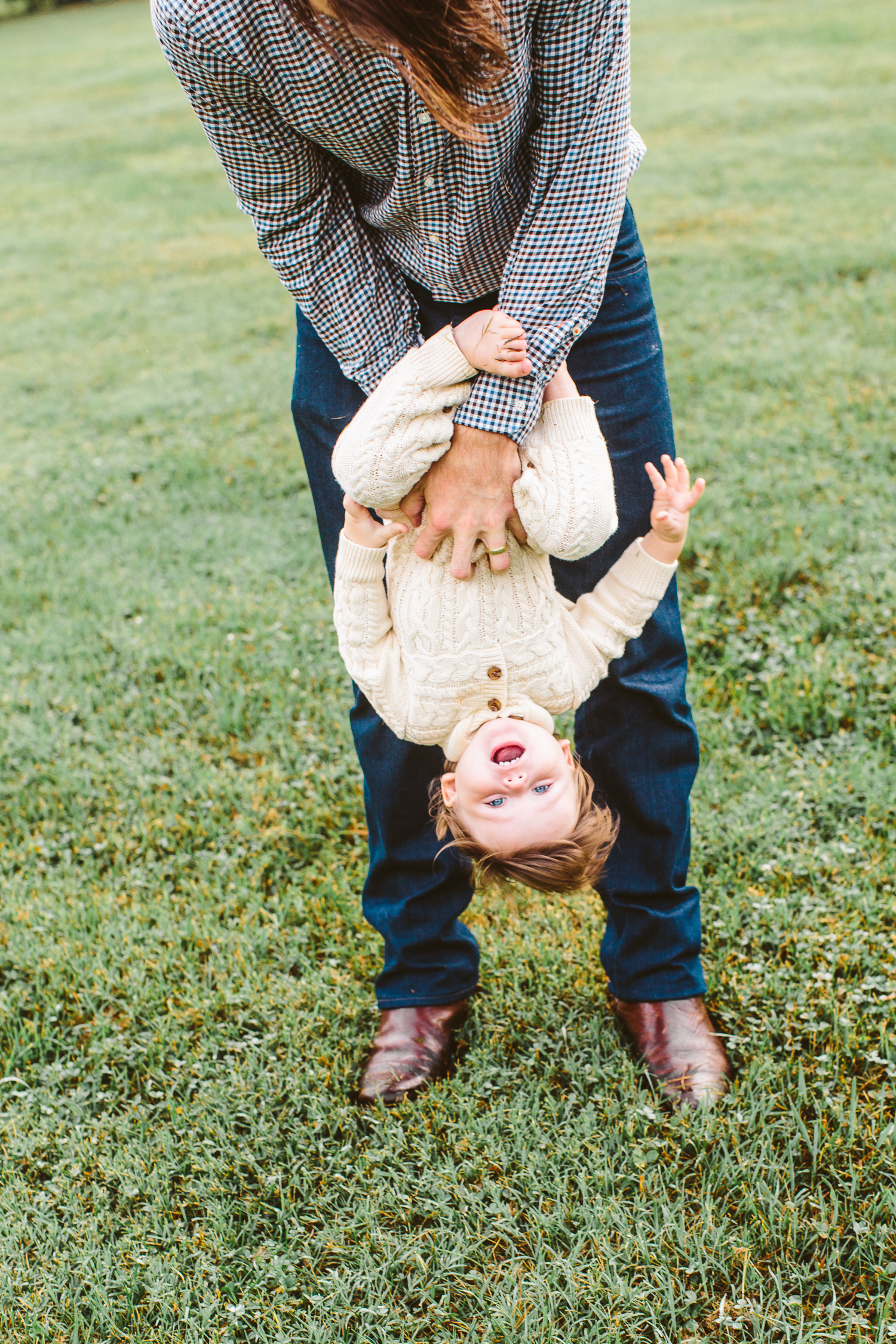 Knoxville Family Photographer // Knoxville Botanical Gardens // Suzy Collins Photography