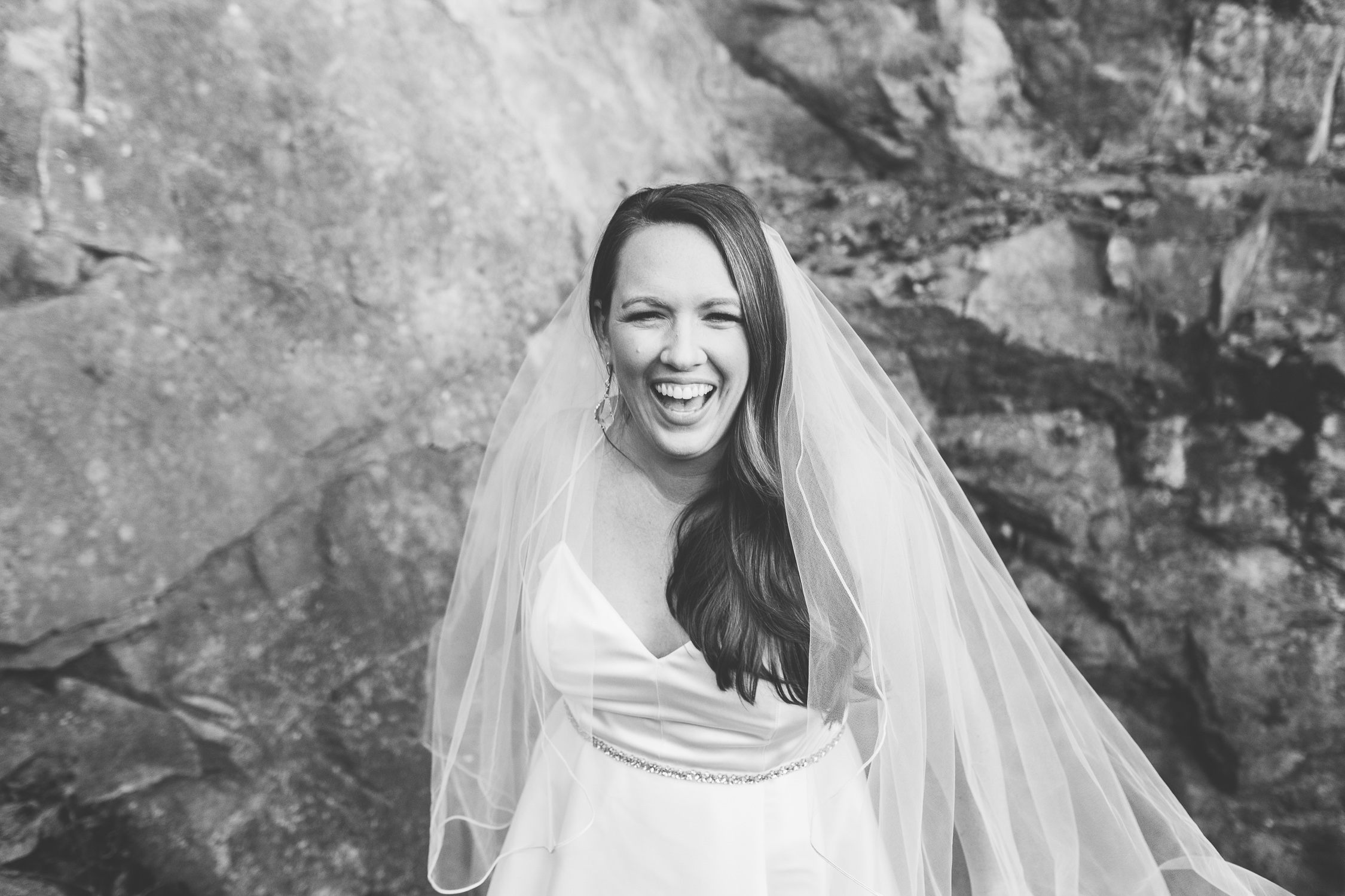 Ijams Nature Center Bridal Portraits with Knoxville Photographer, Suzy Collins