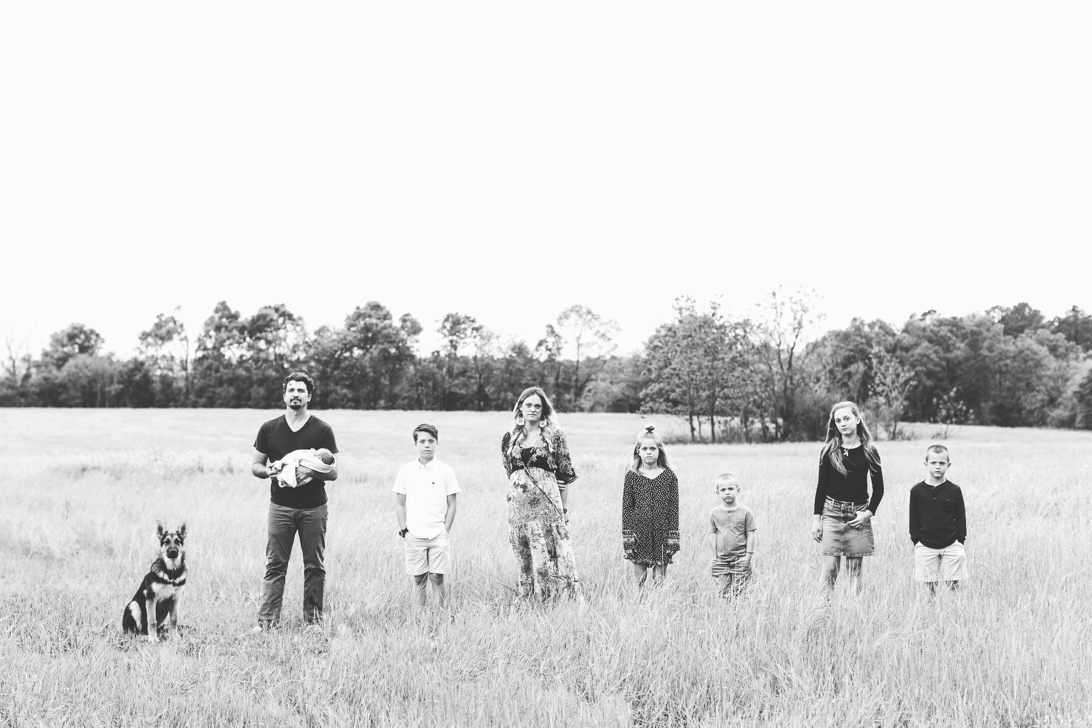 poses, inspiration, colorful, vibrant, at home, emotion, portraits, Knoxville, country, outdoors, Tennessee, editorial, fun, creative, family, lifestyle, newborn, family, field, summer, siblings, black and white