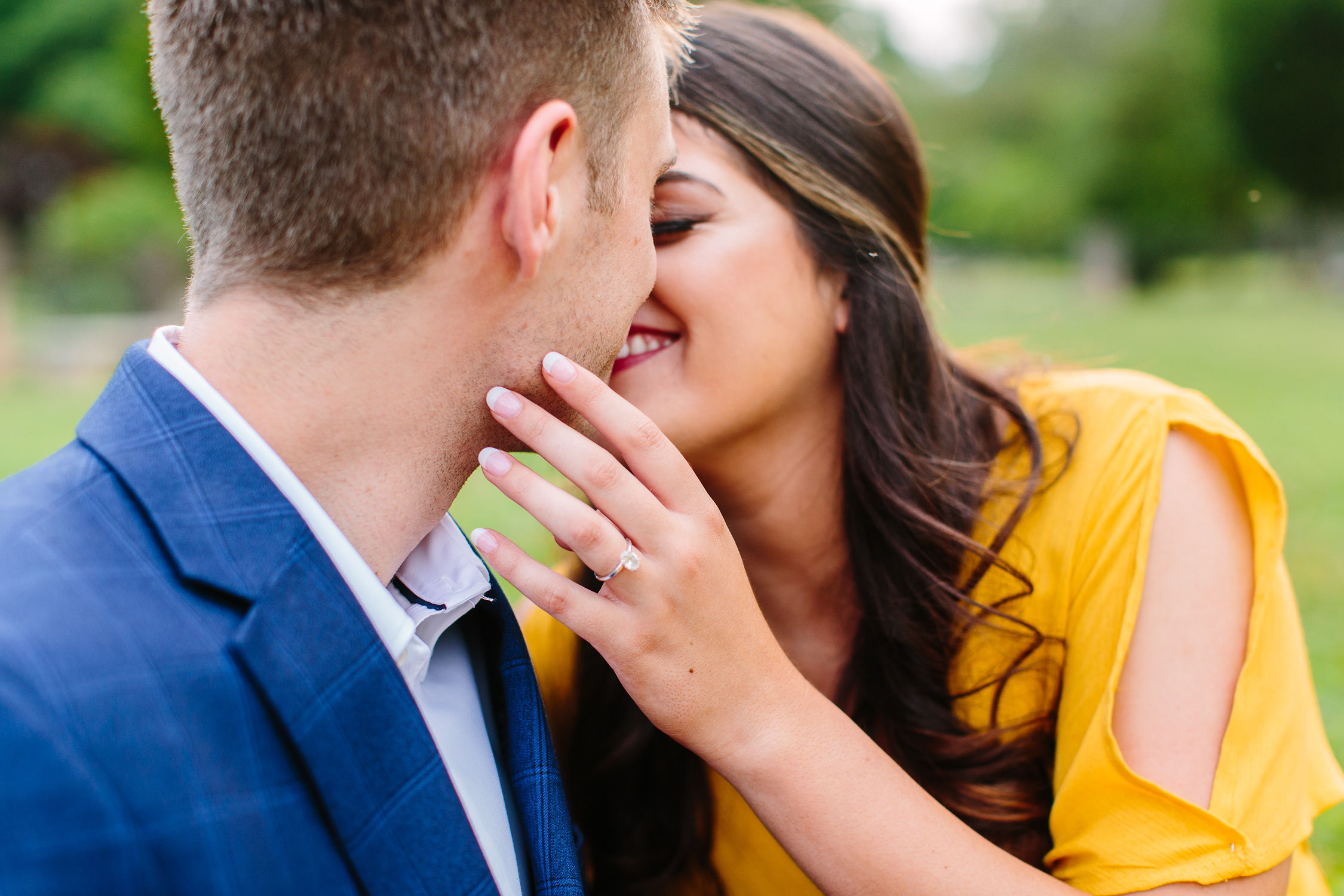 Sequoyah Hills Sunflower couples Engagement by Suzy Collins Photography