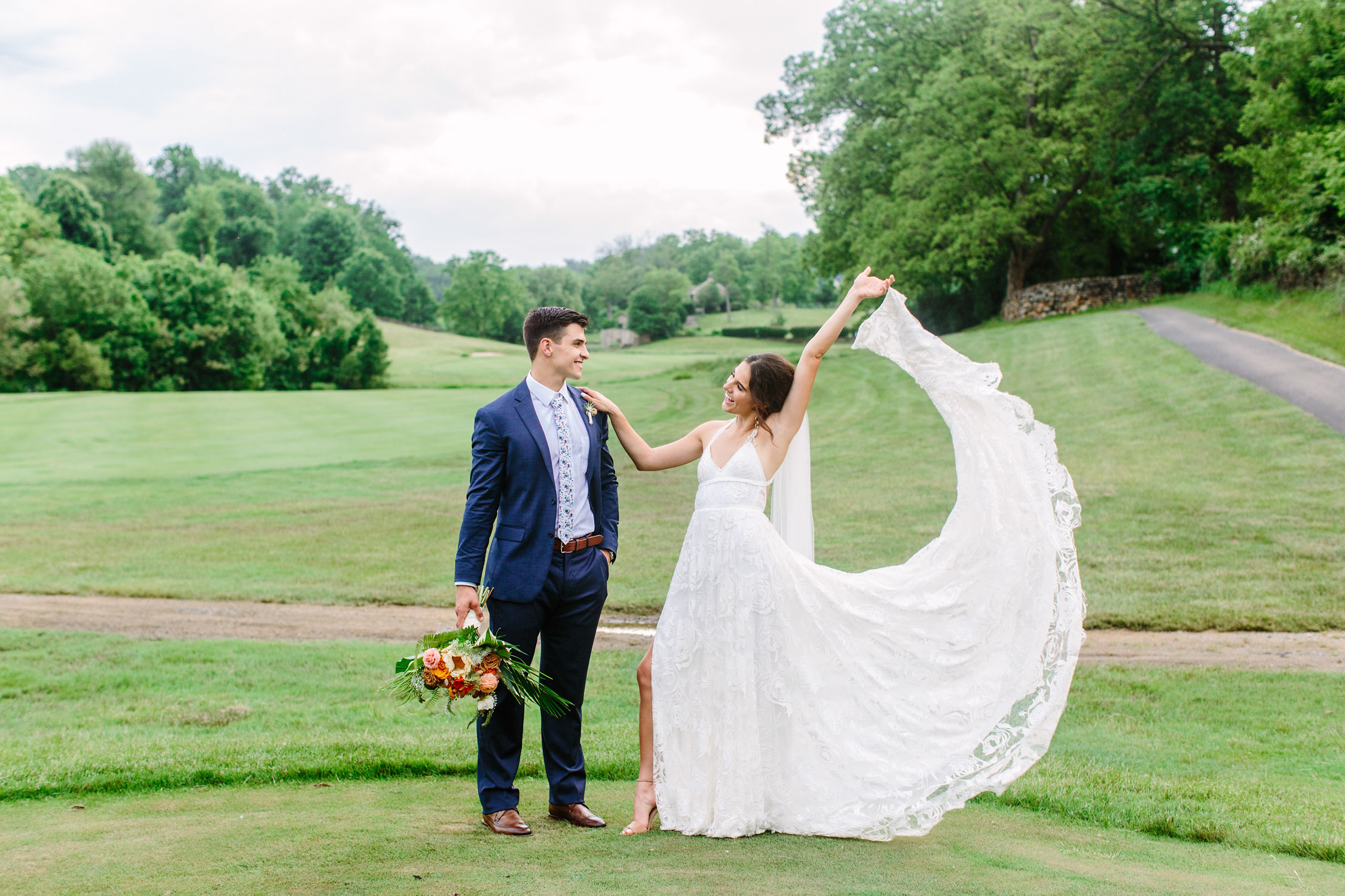 round hill Virginia golf course wedding fun bright airy poses, outdoors, modern, vibrant, bohemian, country, golf course, sunset, fun, creative, romantic, details, spring, summer, editorial, natural, light and airy, natural light, ideas, passionate, inspiration, beautiful, lighting, dress, love, evening, vibrant, colorful
