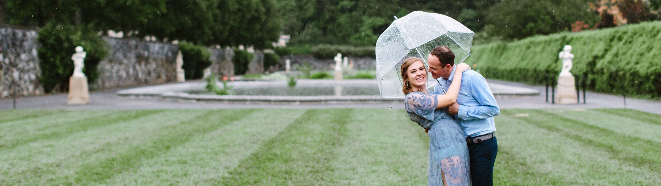 Rainy+day+engagement+session+at+the+Biltmore+estates+by+Suzy+Collins+Photography