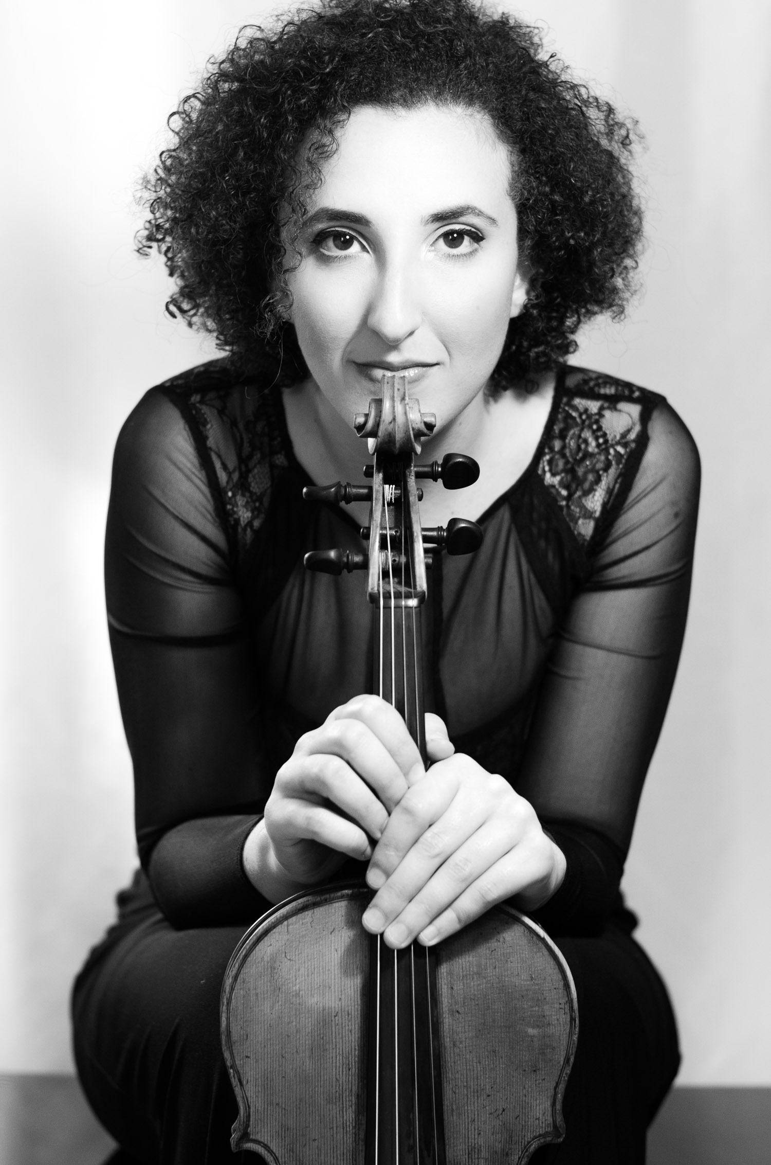 Abigail Rojansky, violist