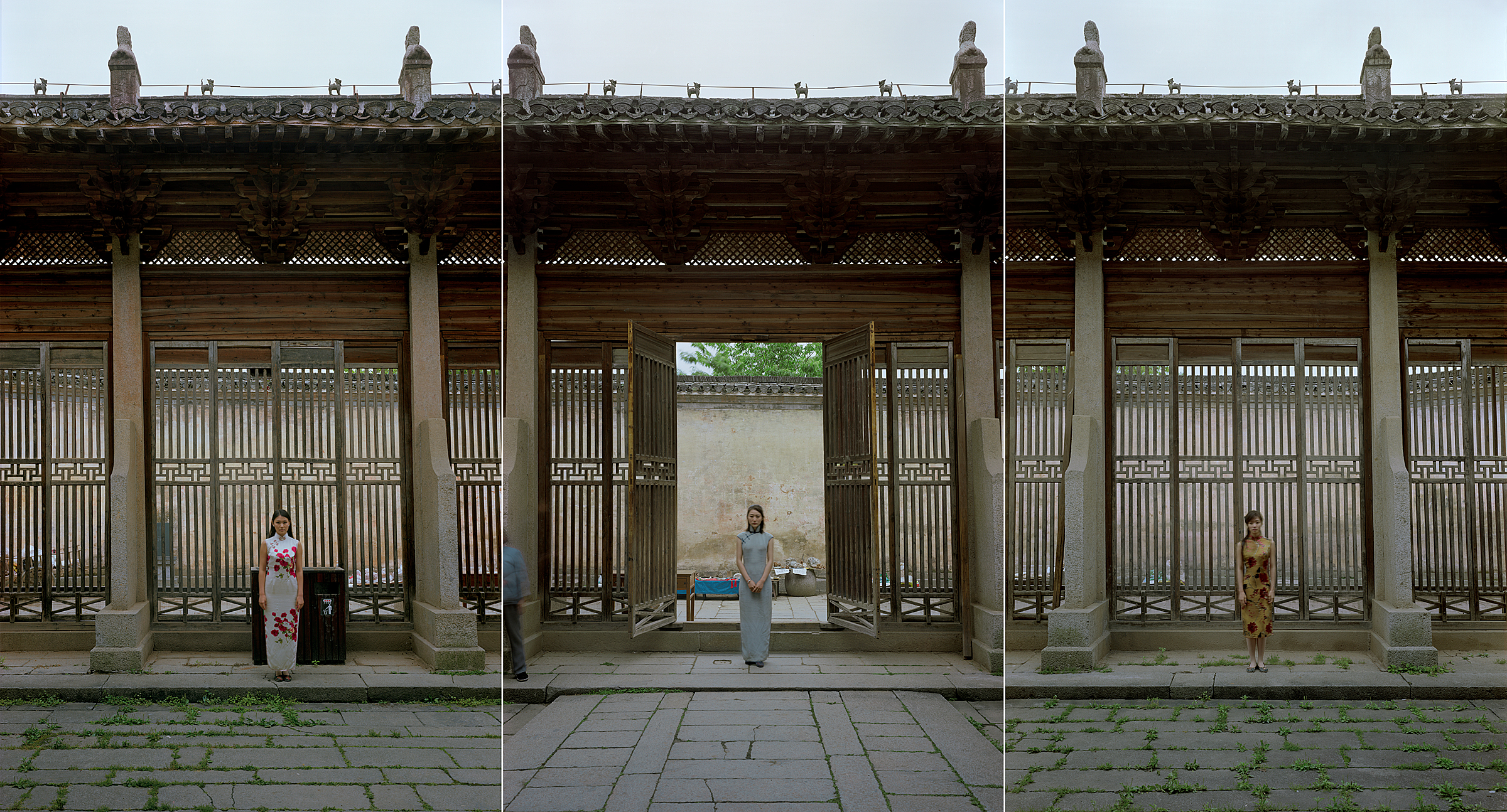 AnHui-Bao Lunge No. 1 (Double Rhapsody Series), 2011, 47.2 x 87.4 inches, Chromogenic photograph