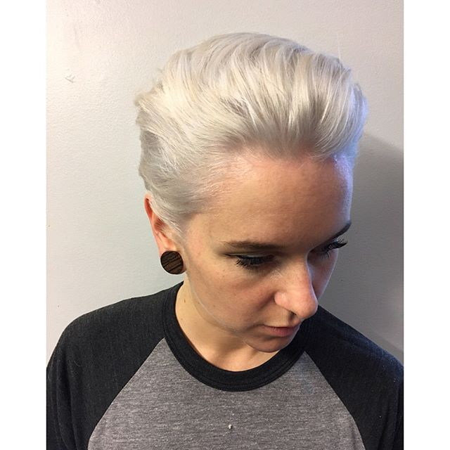 ❄️❄️❄️ Tamara came to see me last week with quite a lot of damage from previous homemade bleaches and uneven tones all over. Our goal was white platinum hair so we lighten her with @guy_tang big 9 bleach at the roots and the sides and toned her with a permanent chromatics @redken color to get that extra kick of lightening and to control any yellow left. using Olaplex every step of the way has definitely helped her hair feeling better and looking shinier and we'll keep doing it til were back to healthy hair!  #hairstylist #hairstylistinthemaking #whitehair #platinumblonde #olaplex #chromatics #redken #redkencolor #toner #shorthair #big9 #guytangbig9 #unlistd #salonunlistd #rollerderbygirls #blonde #blondehair #whitehairdontcare