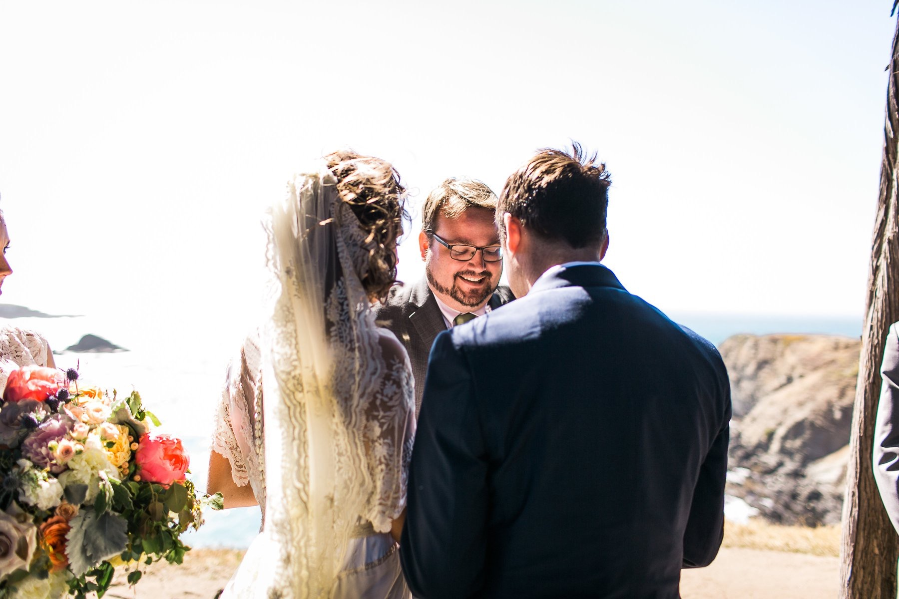 Look Like an Over-Prepared Superhero - The Five Things All Wedding Officiants Should HavePhoto by Maria Villano (@maria.villano)