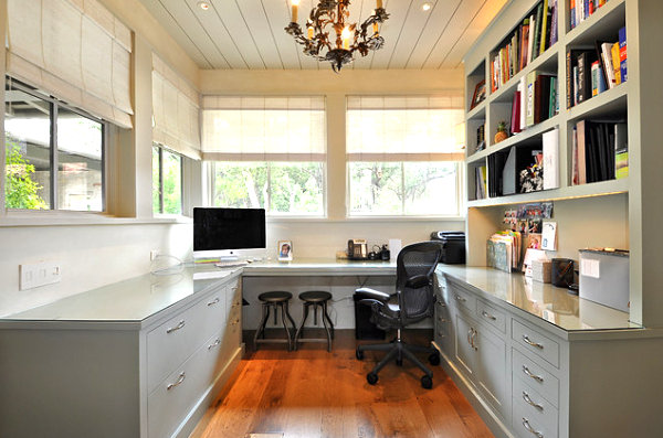 Wall-shelving-in-a-home-office
