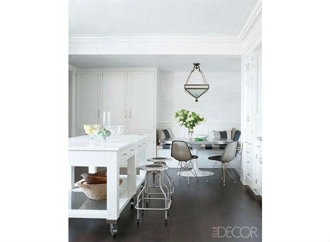 kitchen-table-nook-1-oix-edit.jpg