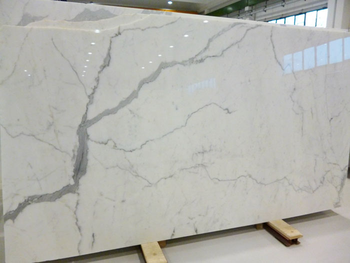 statuario-slabs-first