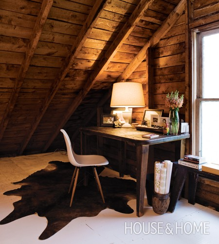 House-and-Home-Attic-Work-Area-Deb-Nelson-JY10.jpg