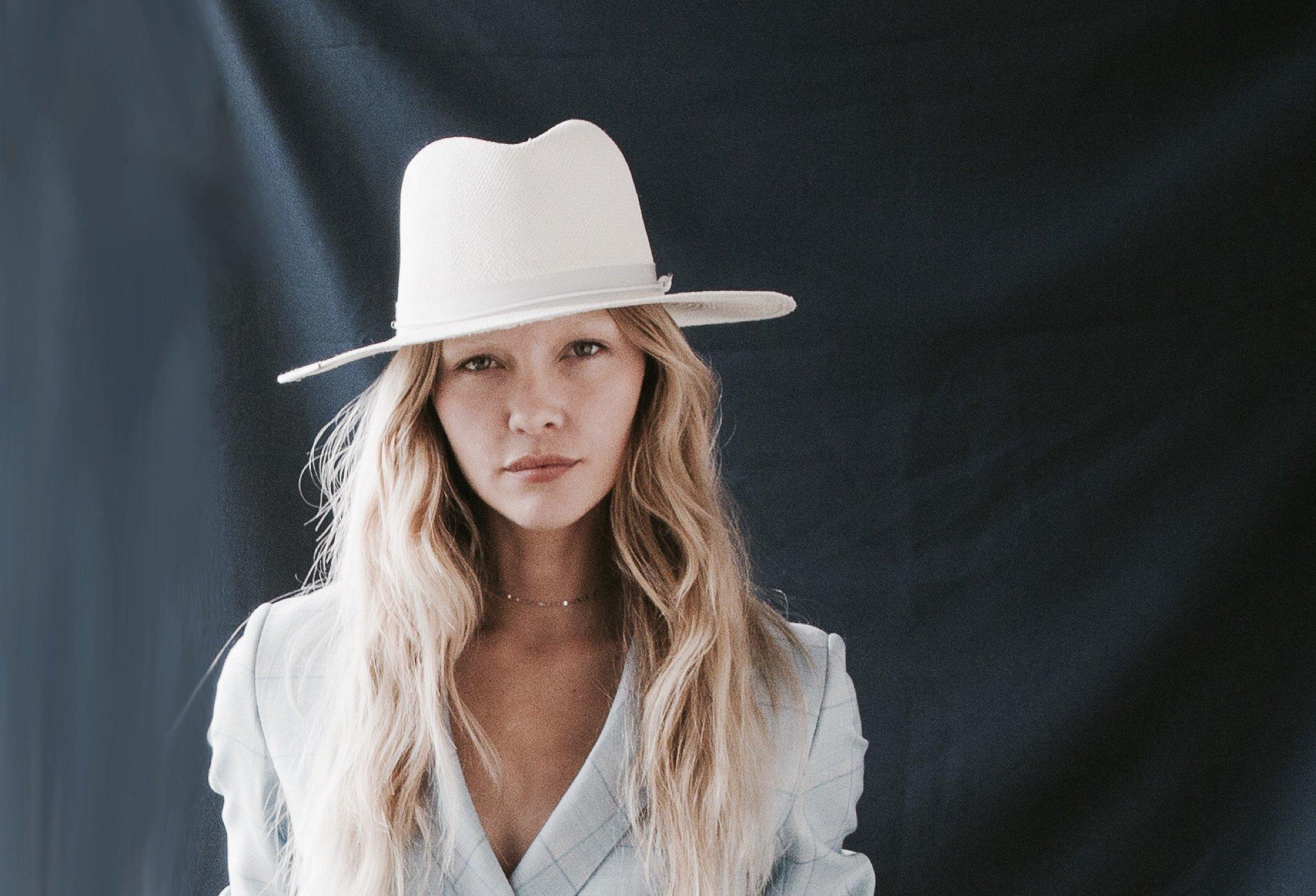 Bianca Bleach White Panama Hat