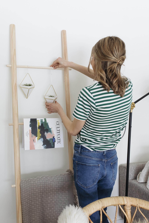 emilyrhess-diy-minimal-ladder-dowel-decor (20).jpg