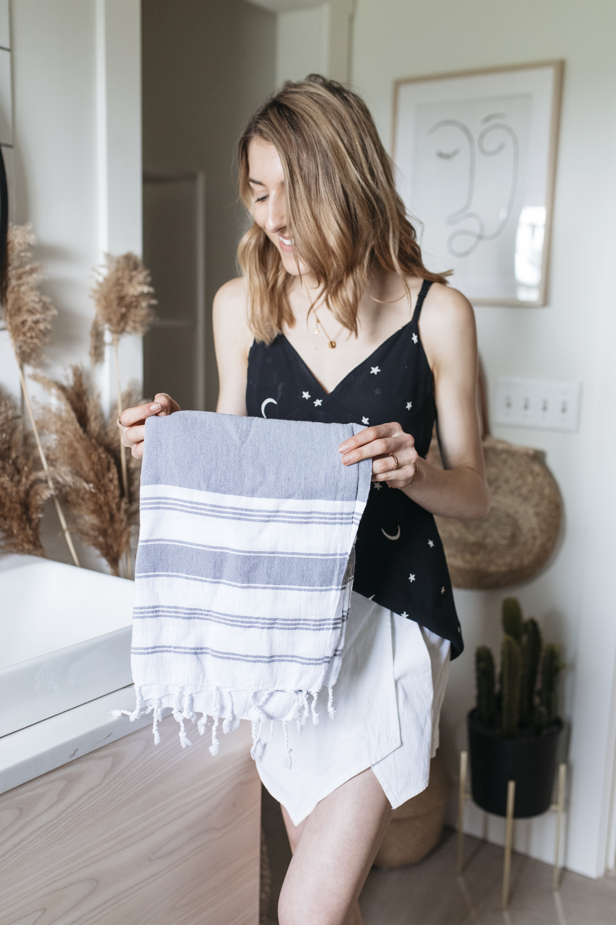 These towels are a creative and colorful touch to any bathroom. Simple with stripes, they bring definition to your sink