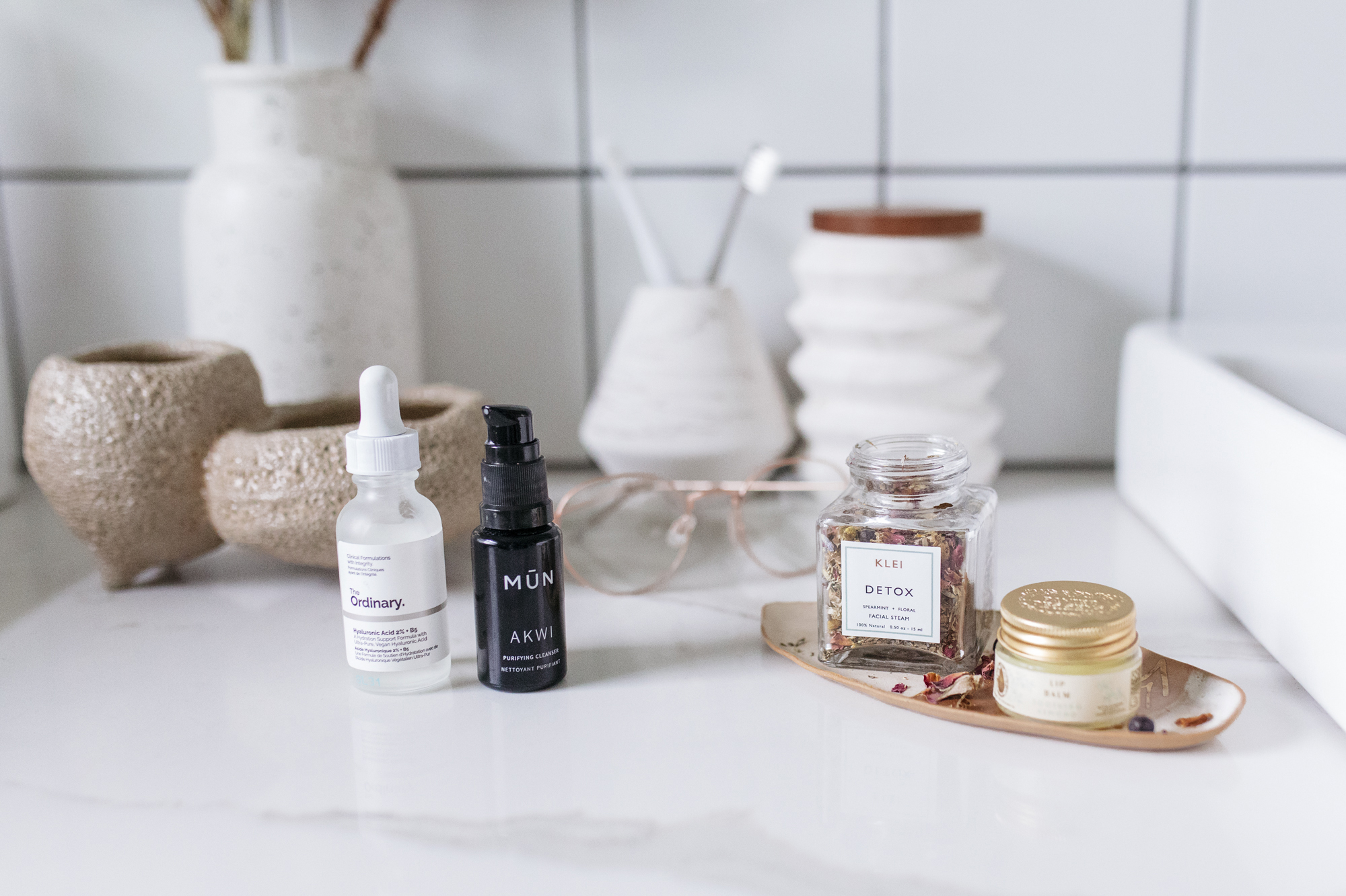 Get Unready with me! Creative blogger Emily r. Hess takes us behind the scenes of her night time skin care ritual
