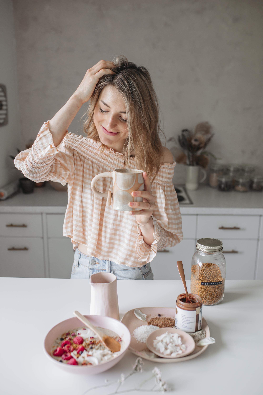 emilyrhess-breakfast-bircher-beauty-boosting-recipe (8).jpg