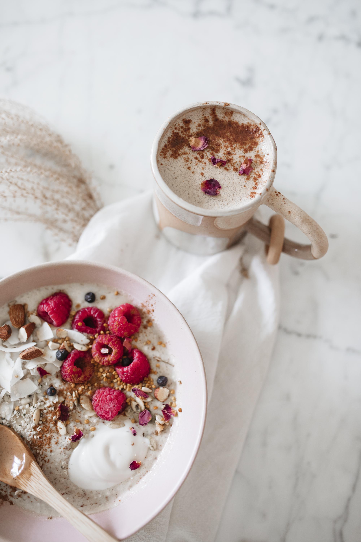 emilyrhess-breakfast-bircher-beauty-boosting-recipe (2).jpg