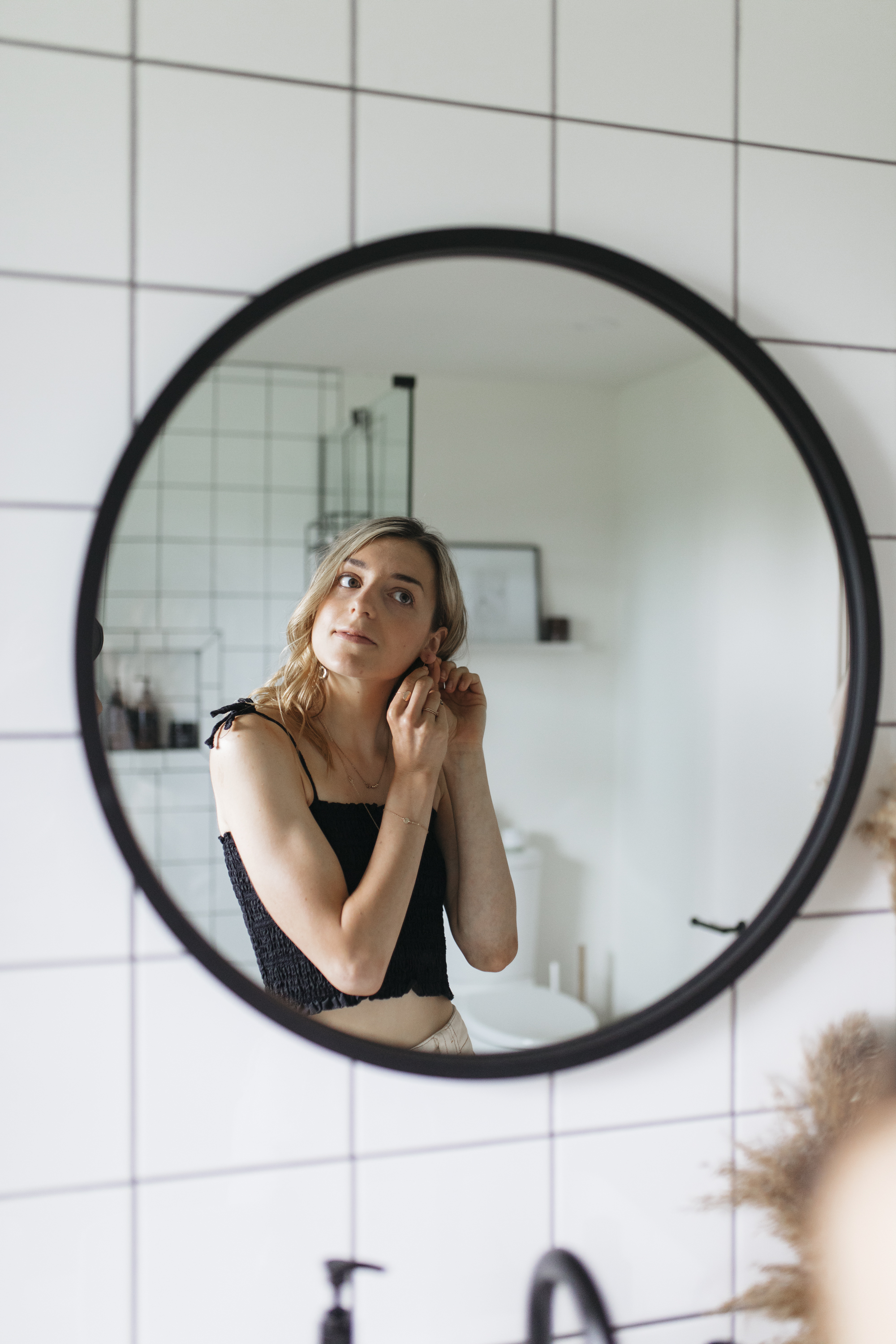 spend time in the morning giving yourself positive self talk, or mirror talk, to get some me time and self care in before you bring the day according to lifestyle blogger emily r hess. you glow, girl!