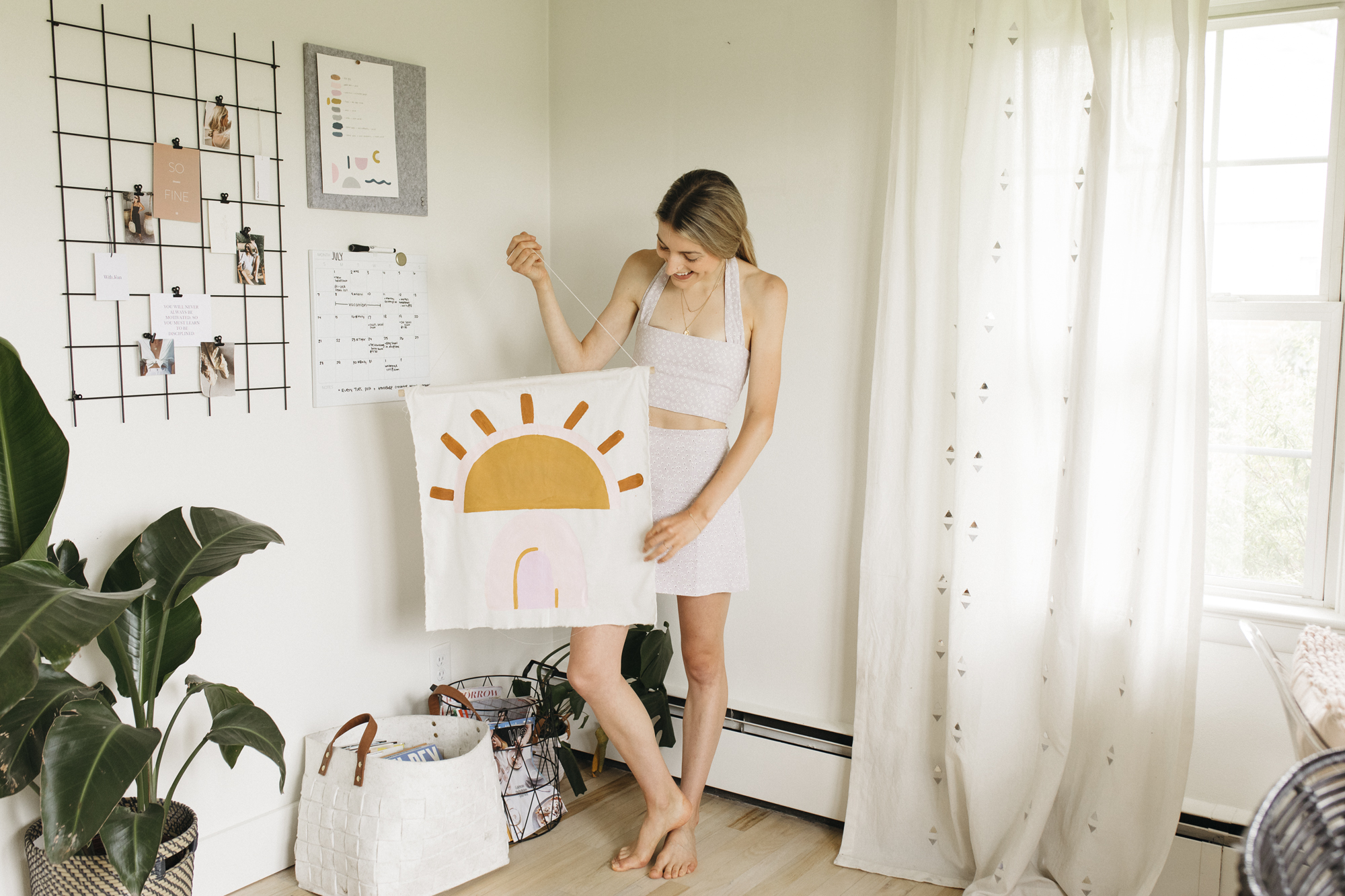 What is perfection? What holds you back. Growing up as a creative kid in a conservative community, I struggled to find the purpose as an artist. Creative Blogger Emily R Hess and founder of Luca Creative Co explains her art and lifestyle.