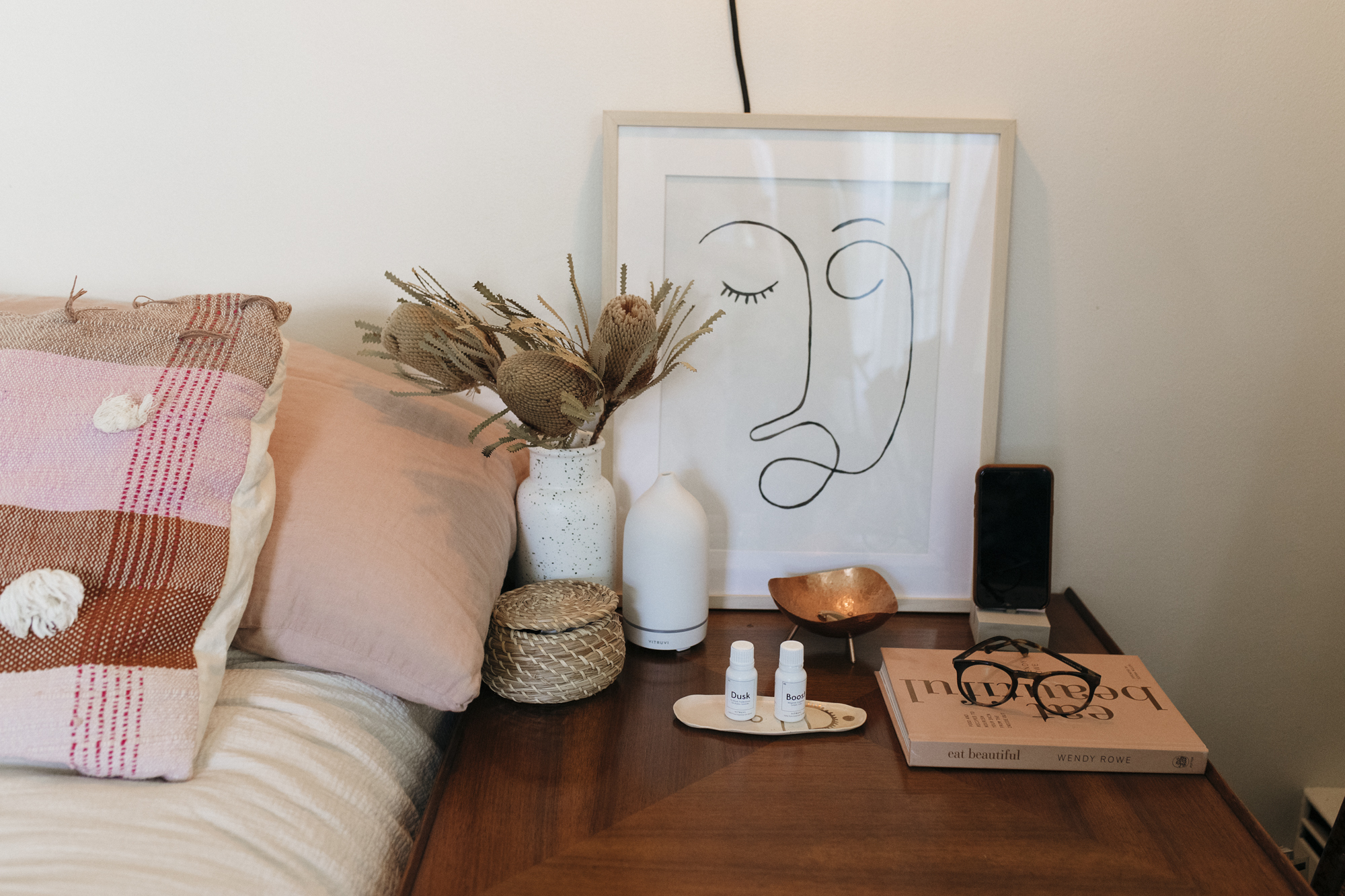 Night stand table decoration and bedroom decoration ideas from creative lifestyle blogger emily r hess.