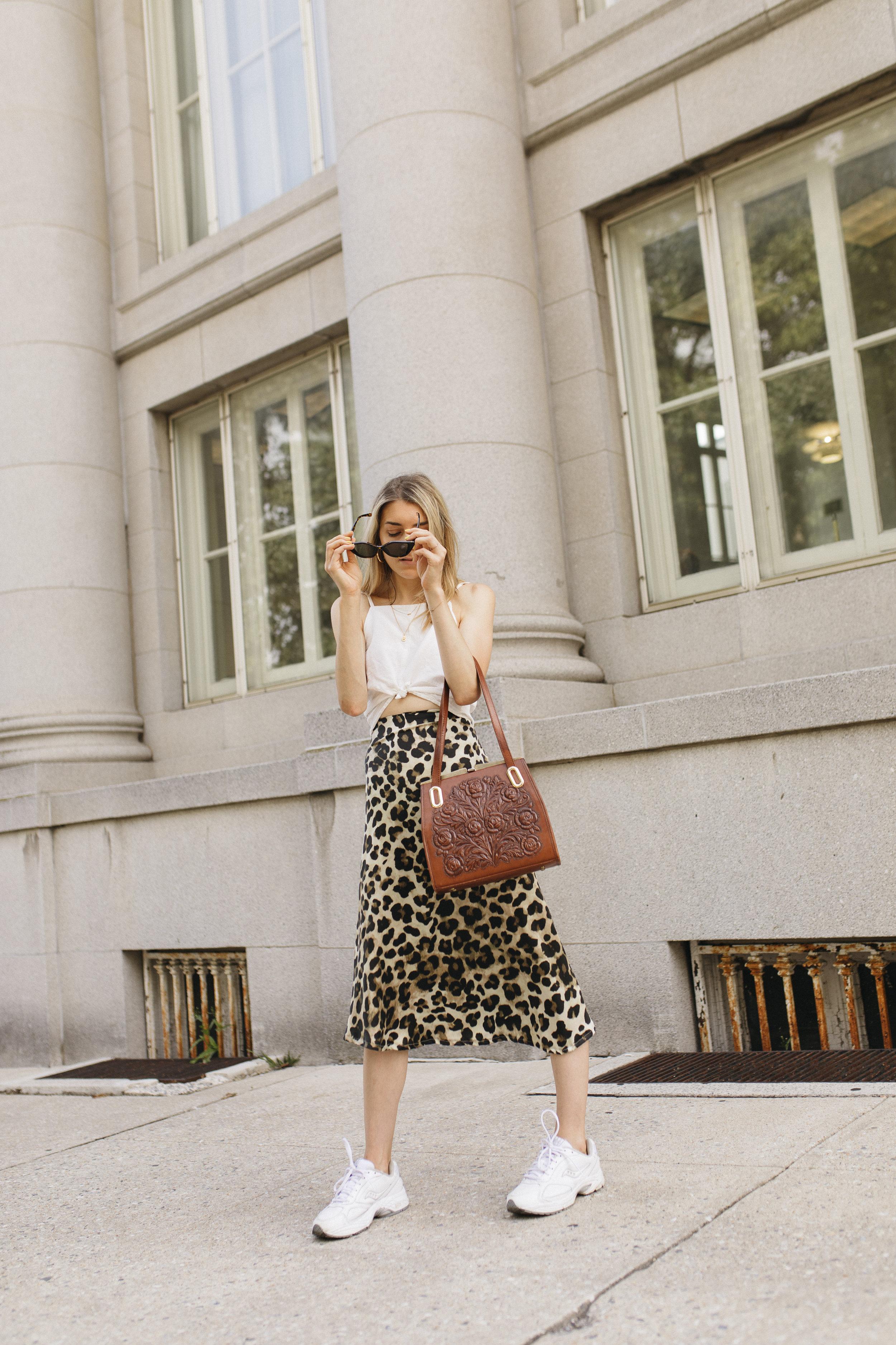 emilyrhess-blog-trends-fashion-leopard-cheetah-skirt-diy-naomi11.jpg