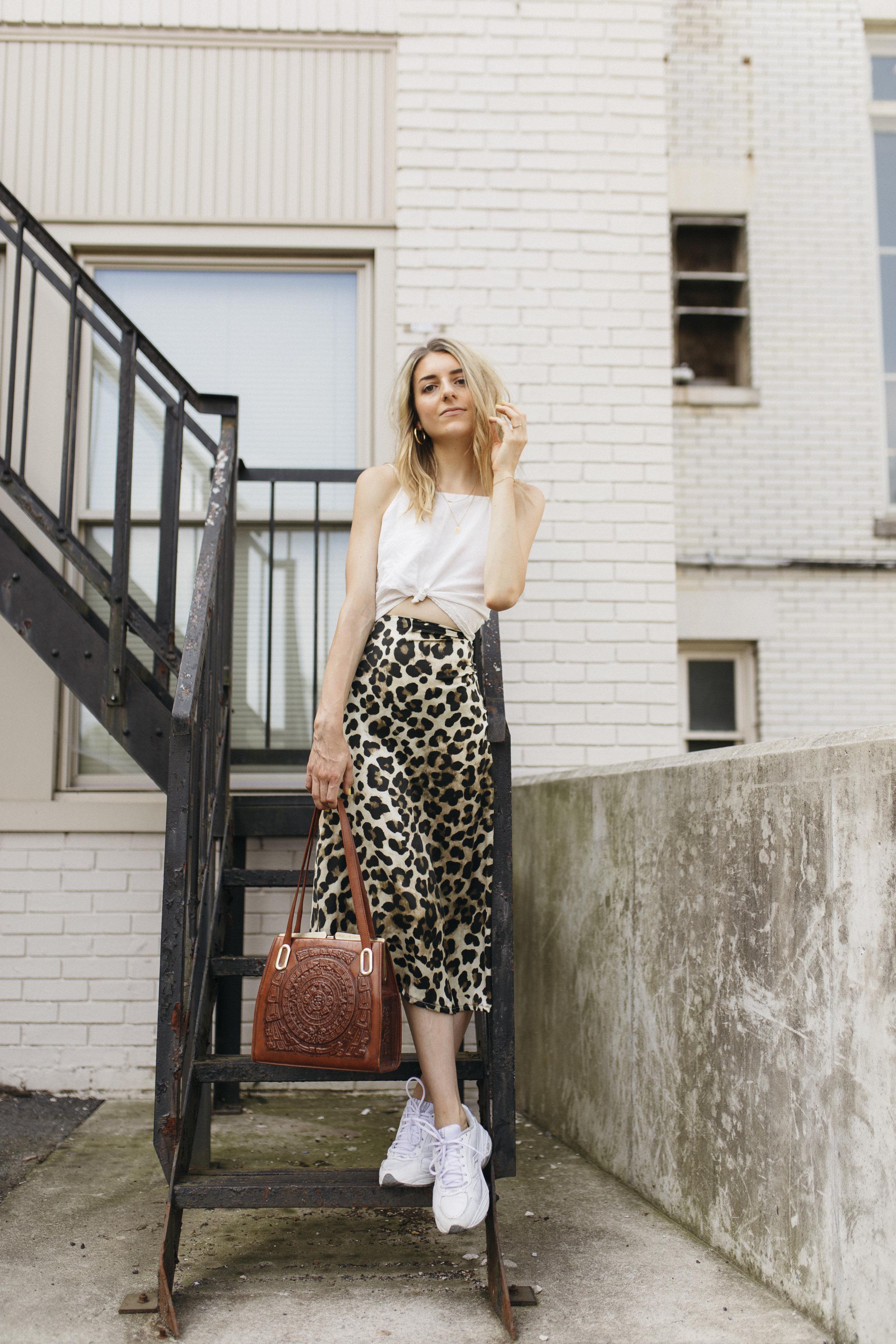 emilyrhess-blog-trends-fashion-leopard-cheetah-skirt-diy-naomi5.jpg