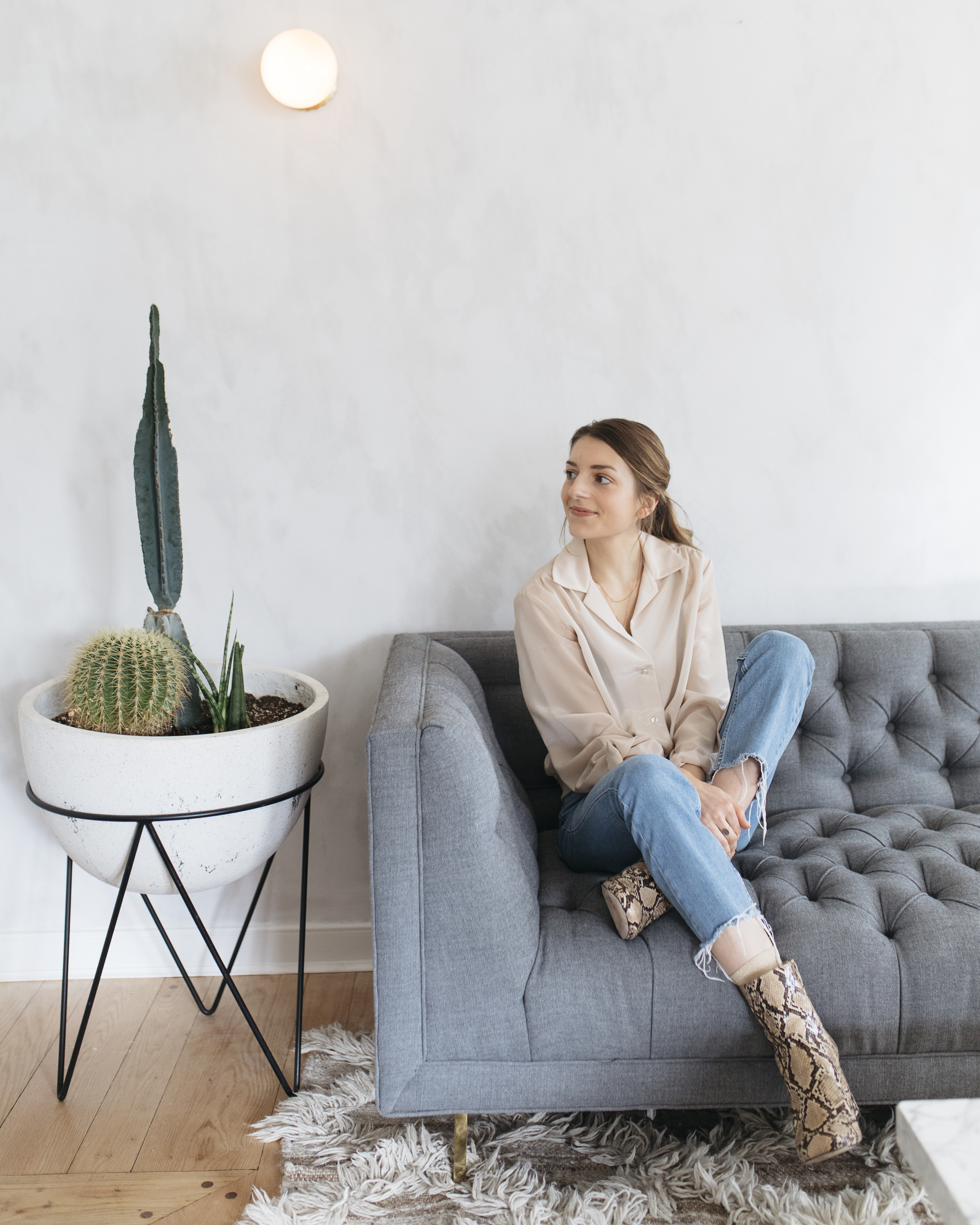 Learn to delegate as a boss, manager, and director. Creative lifestyle and travel blogger emily r hess, as well as ceo and creative director of the female founded Luca Creative Co, shares what she learned as a business woman and boss on her blog today.