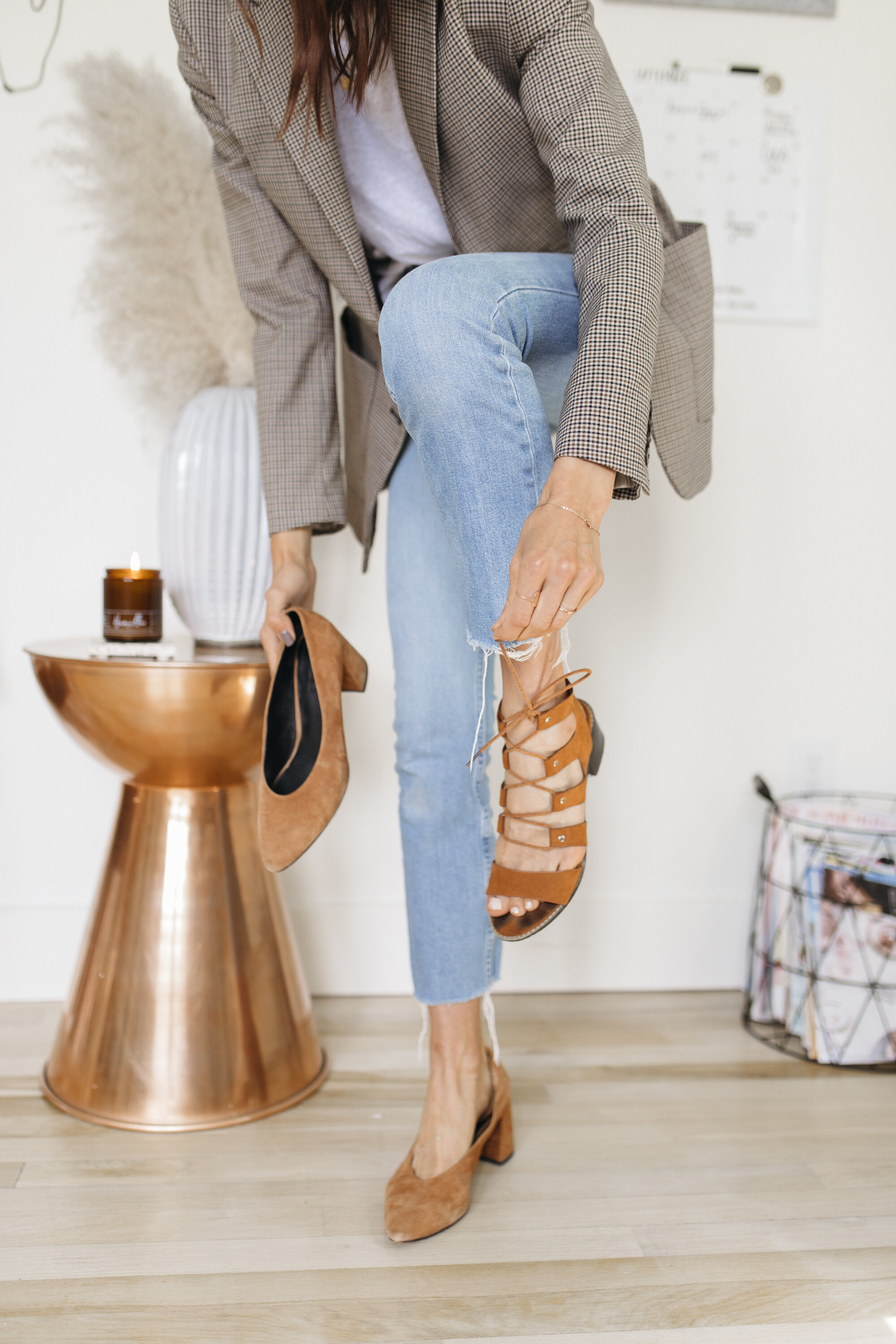 Chunky heels are perfect for the fall! Fall is here and I am so excited to transition my wardrobe using my summer clothing and warmer outerwear. Read on for fall styling tips from creative lifestyle and fashion travel blogger emily r hess, the founder of luca creative co