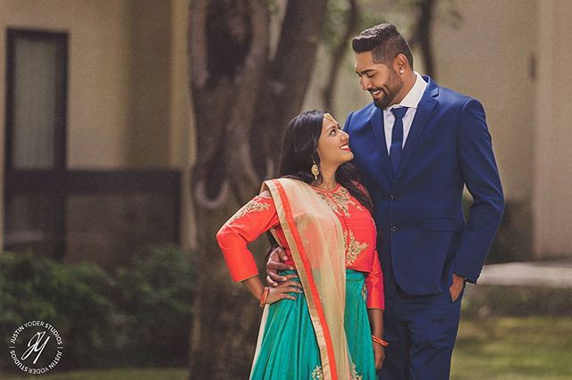Congrats to Mital and Khushi on your engagement! #justinyoderstudios #indianengagement #indianwedding #engagementphotos