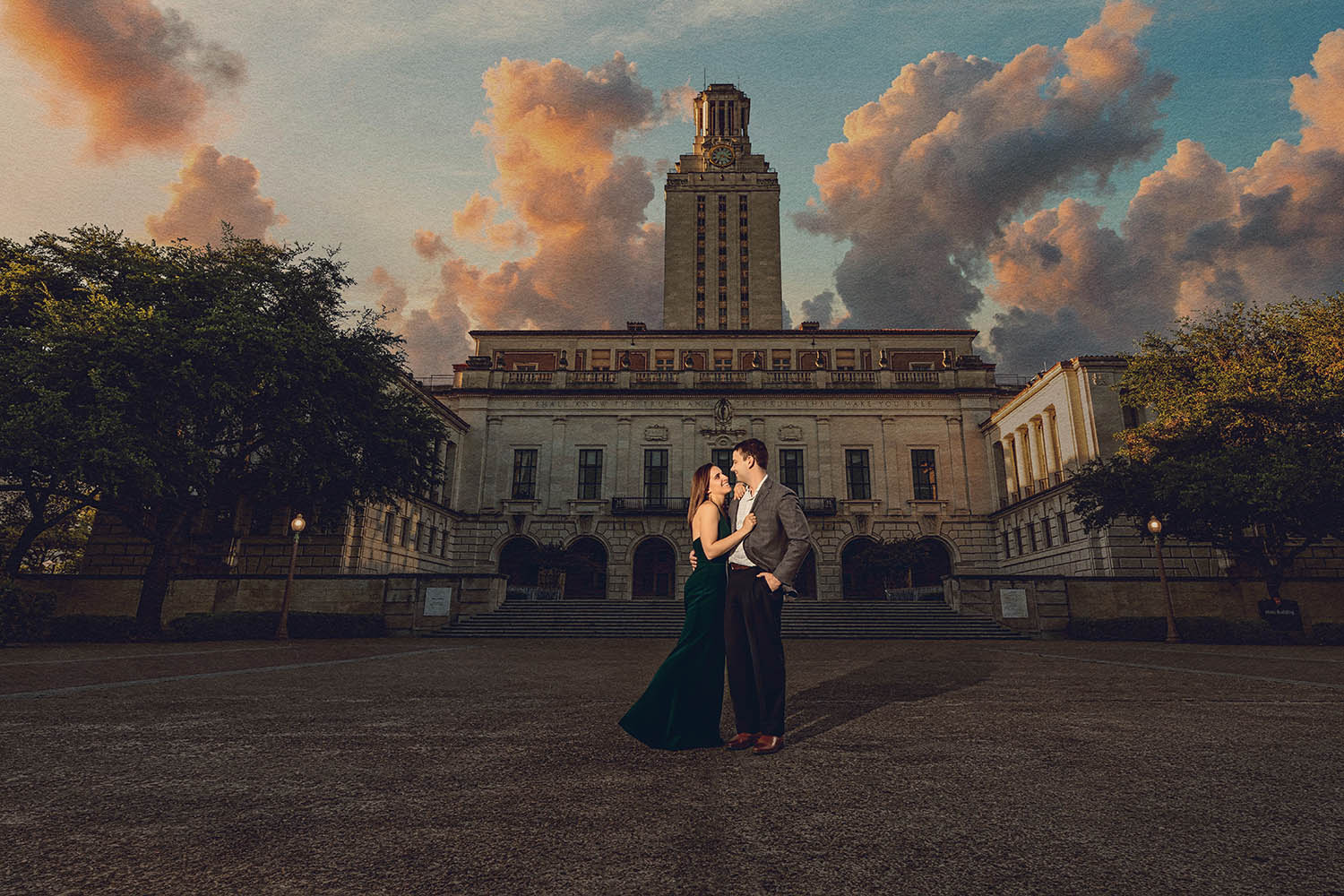 austin-engagement-shoot-ut-tower.jpg