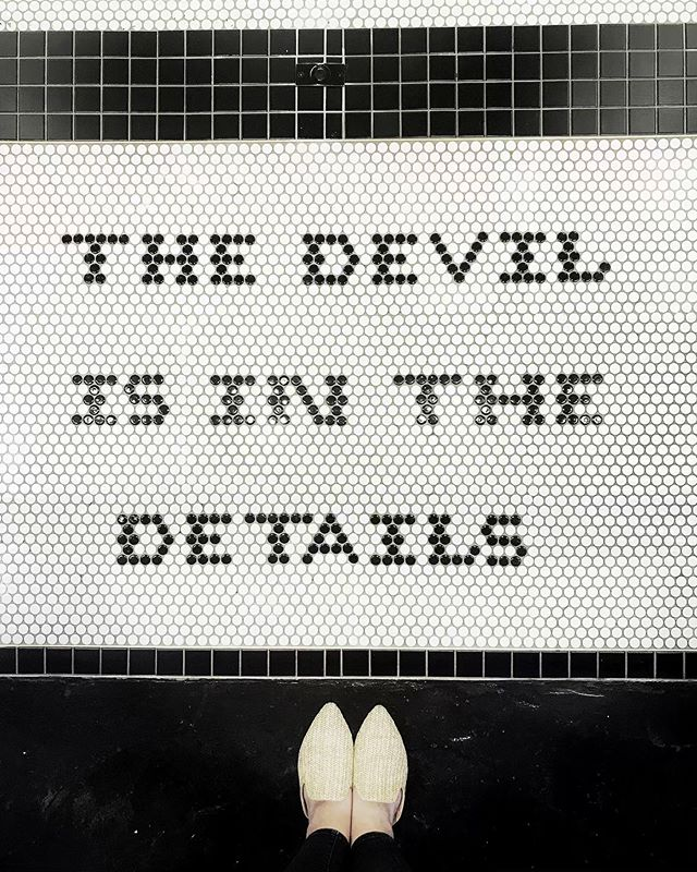 Isn't it, though?!?!? ✨👿 @ihavethisthingwithfloors • • • #ihavethisthingwithfloors #thedevilisinthedetails #lookdown #smile #lasvegas #playingtourist #saturday #weekend #relax #rejoice #reset #inspiration #design #create #instasaturday #instagram