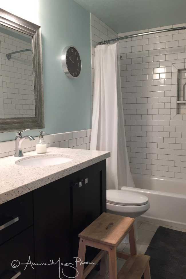 basement-aut-bath.jpg