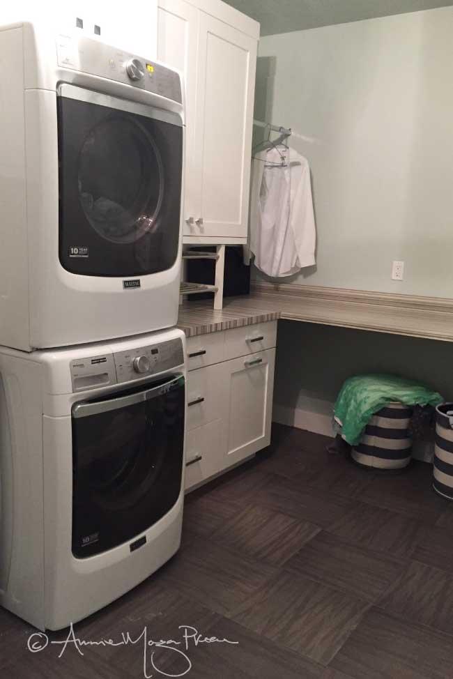 basement-laundry-counter.jpg