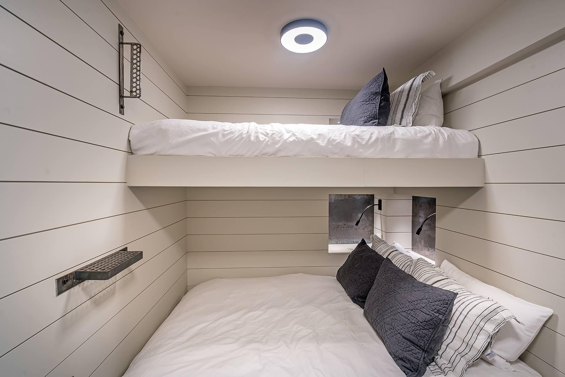 131 bunk.jpg