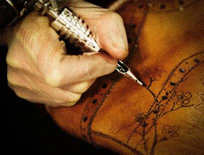 Oliver-Sweeney-Tattoo-x-Serge-DeNimes.jpg